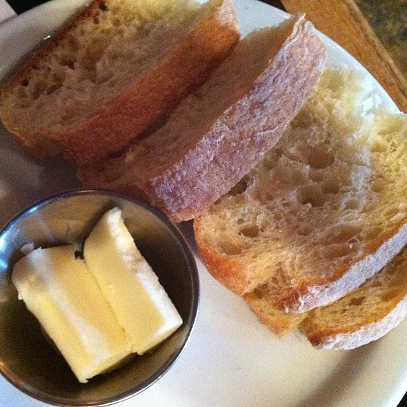 Bread - The Six - WLA, Los Angeles, CA