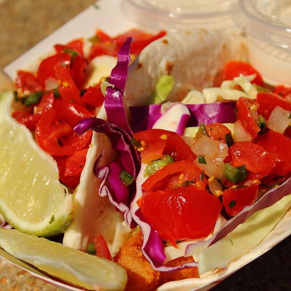 fish tacos @ Bro's Fish Tacos