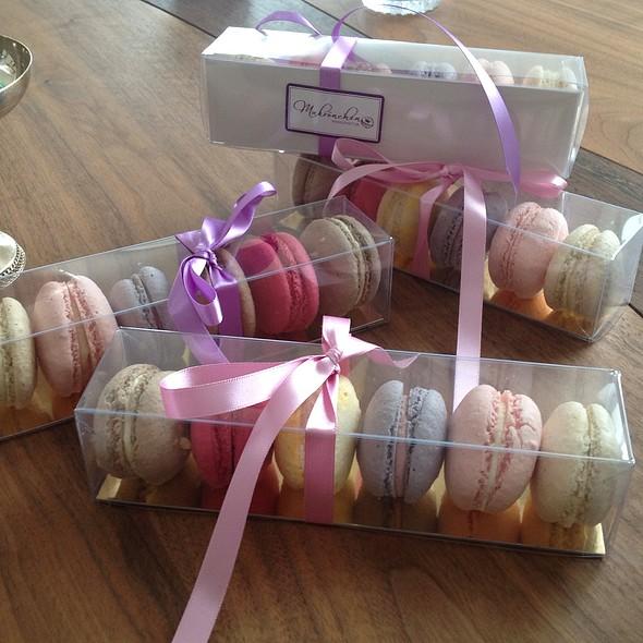 Macarons (Gift Box) @ Makrönchen Manufaktur