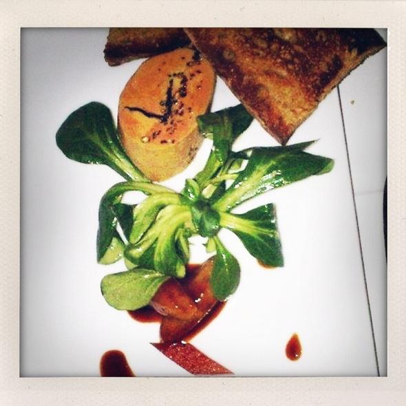 Foie gras torchon á la truffle, poire pochée @ Frenchie