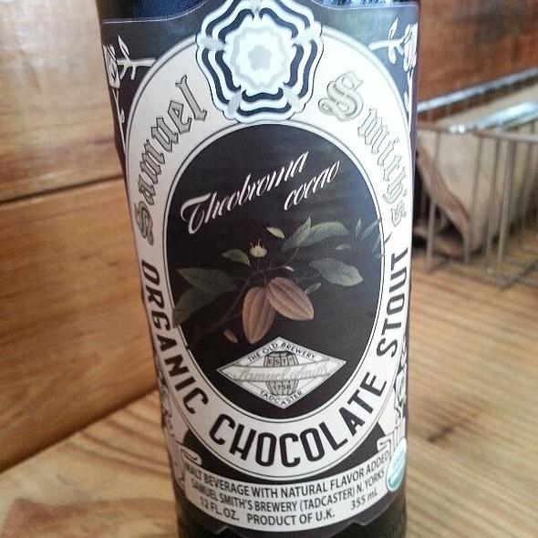 Samuel Smith Organic Chocolate Stout @ YEAH! BURGER