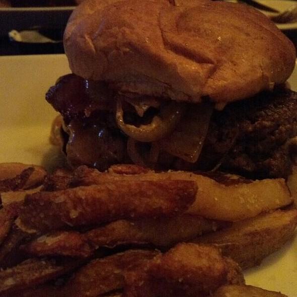 Mr. Lucky Burger
