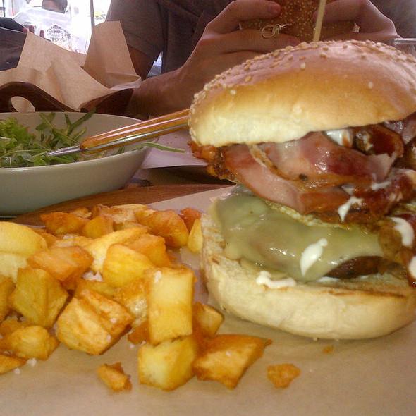 Big Pappa burger