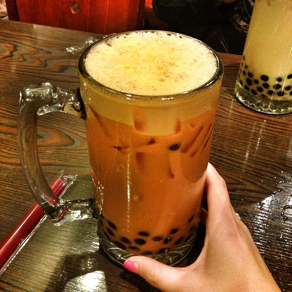 Thai Iced Tea with Tapioca Pearls