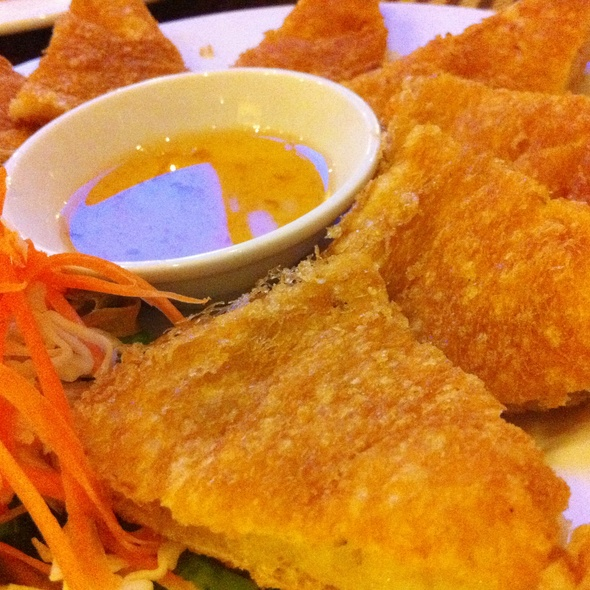 Thai Shrimp Pancake กุ้งกระเบื้อง