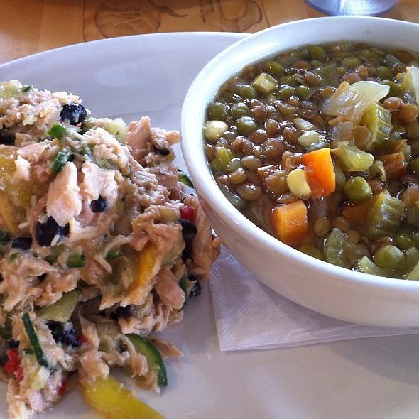 Mango Tuna Salad And Lentil, Leek, And Broccoli Soup @ Metro Fresh