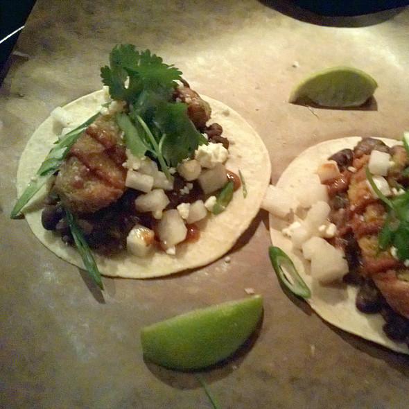 Crispy Avocado & Frijoles Taco @ La Carnita