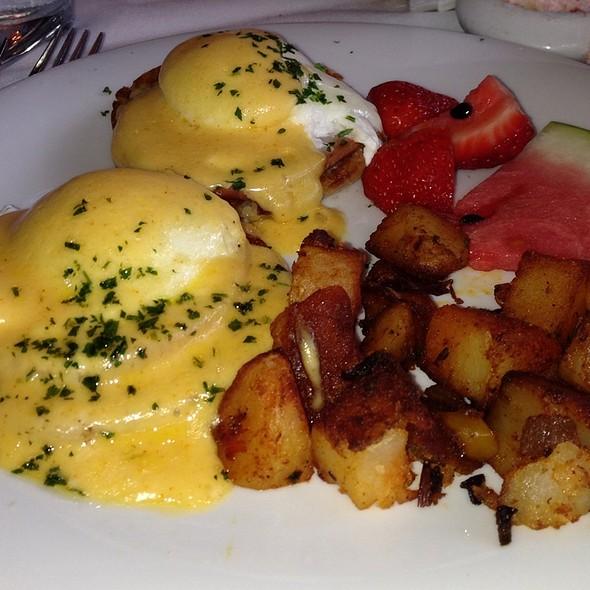 Eggs Benedict - Cappy's Restaurant, San Antonio, TX