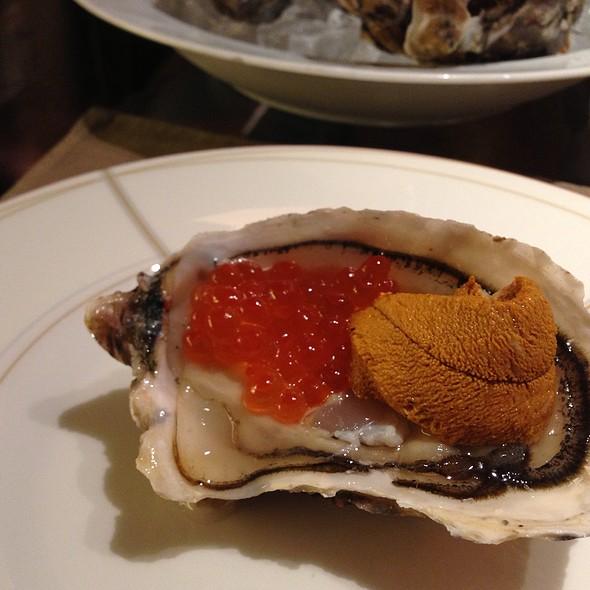 Oyster Uni Caviar @ 226 Private Kitchen