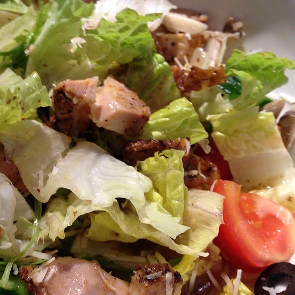 Wild Mushroom & Chicken Salad