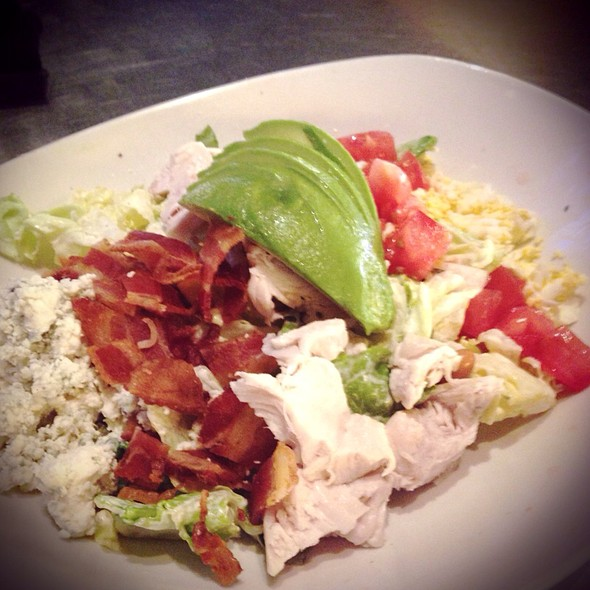 The Yard House Palm Beach Gardens Part   35: Roasted Turkey Cobb Salad At  Yard