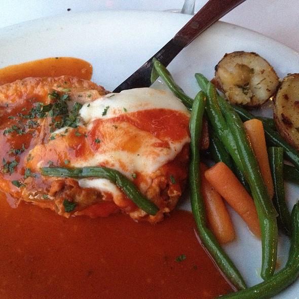 Chicken Sorrentino @ Barosa