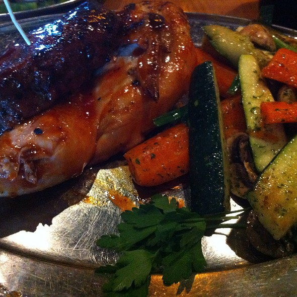 Tritip & Chicken Veggies @ Rattlers Bar B Que