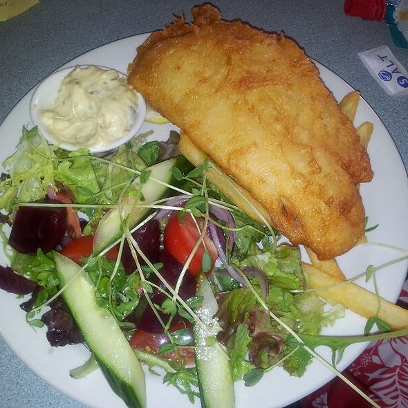 Fish, Chips & Salad @ Maclean RSL Club