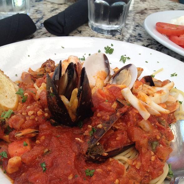 Seafood Spaghetti - GG's Bistro, Laguna Beach, CA