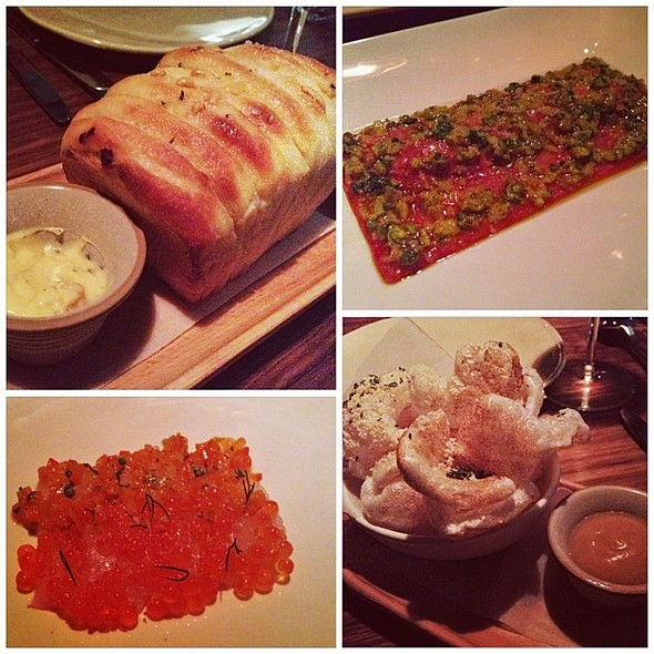 """Our lovely entrees from @littlehuntermel last night. That """"pull apart with chicken skin butter"""" is freakin amazing. Woke up still thinking about it @_smileysam_ @_chris_jc @keirananthony @ Little Hunter"""