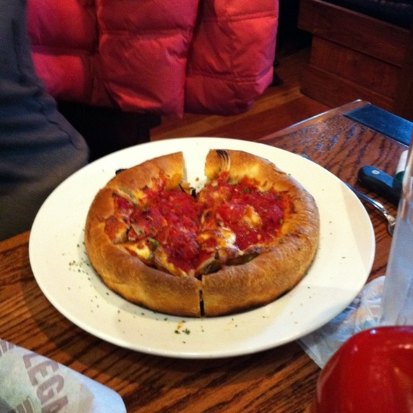 Uno Pizzeria & Grill created the original deep dish pizza in Today, we bring that legendary pizza (and more!) to you. Order online or find a local Uno.