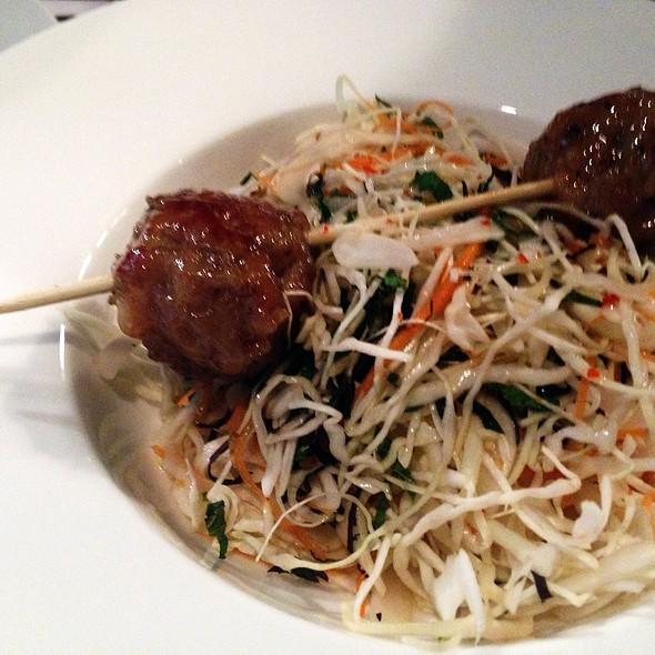Meat Ball Salad @ La Cantoche