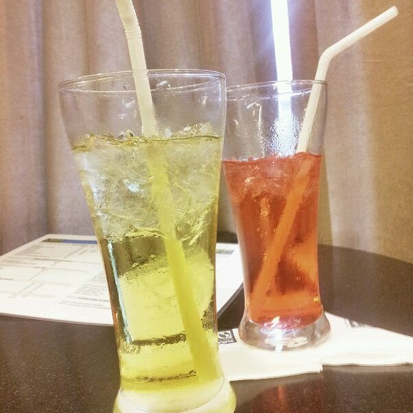 Strawberry Soda @ Coffee World
