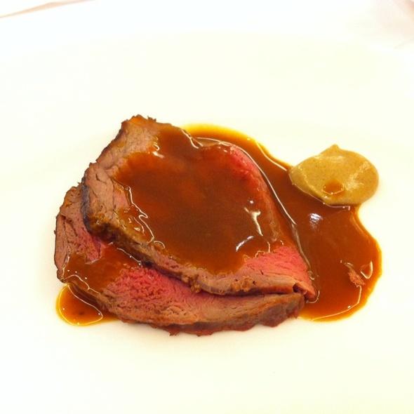 Roast Beef @ American Club, The