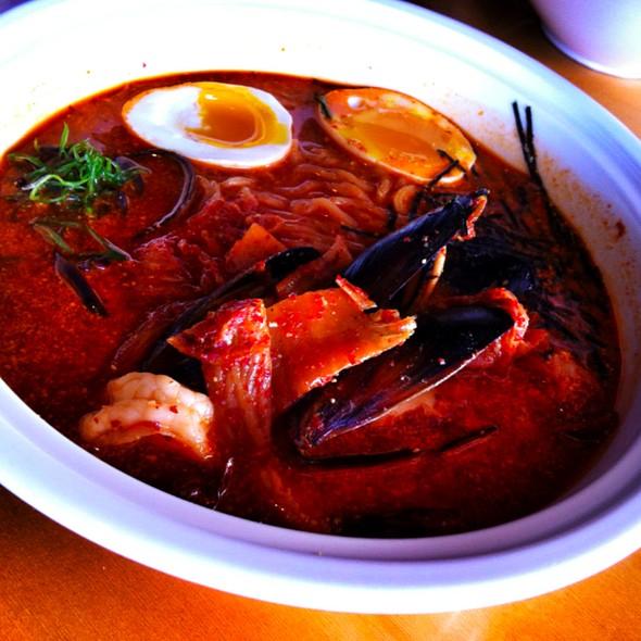 Seafood Kimchi Ramen