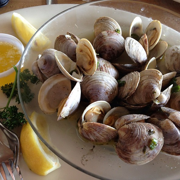 Steamed Clams @ The Virgin Sturgeon Restaurant