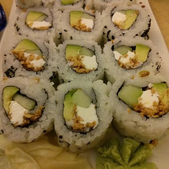Garlic Roll @ Bikkuri Sushi