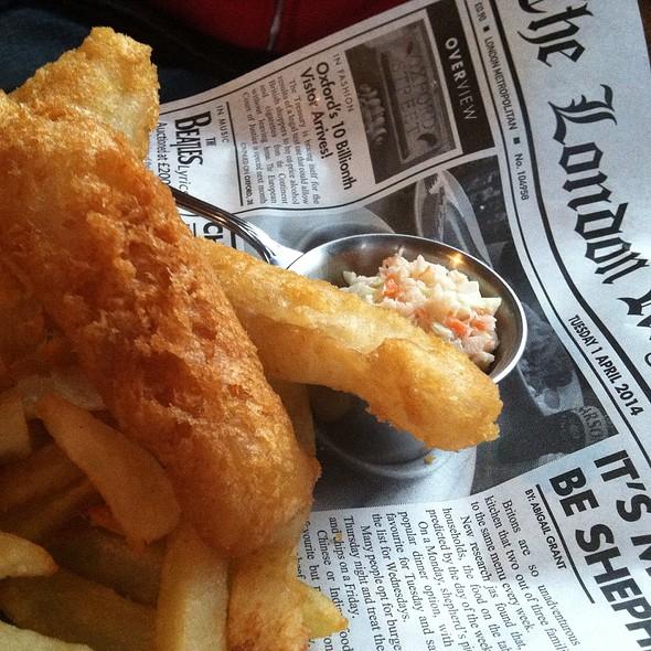 Fish & Chips @ Burns Pub