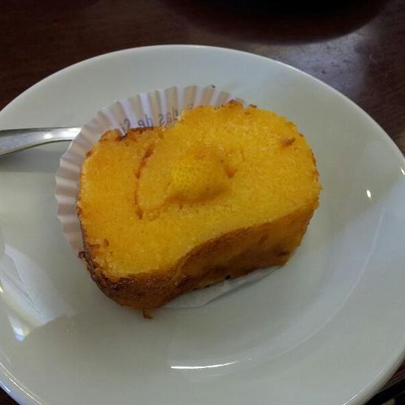Torta de Limão @ Piriquita