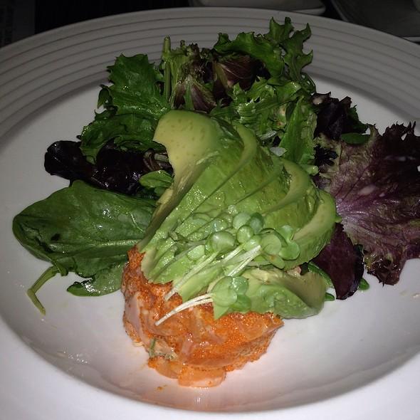 Spicy Salmon Avocado Salad
