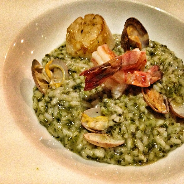 Seafood Seaweed Risotto at The Red Beanbag