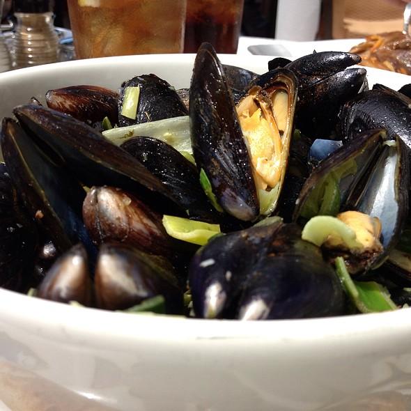 Mussels - Bon Appetit, Dunedin, FL