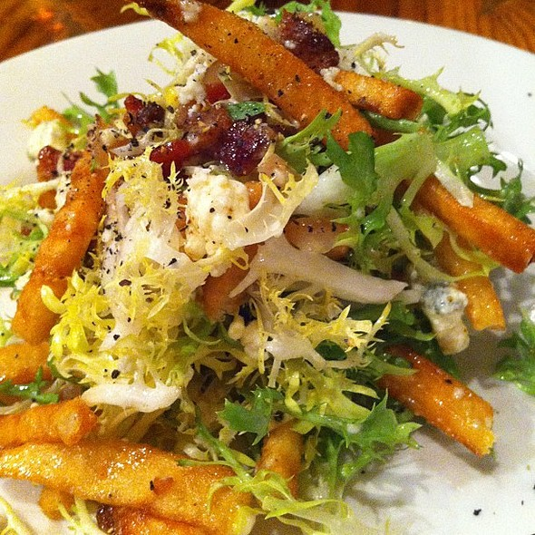 Frisée salad at Rue Cler. The French fries were a delightful surprise.