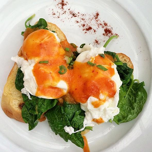 Veggie Eggs Benedict - The Farmhouse - Kansas City, Kansas City, MO