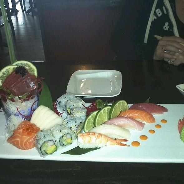Sushi&Sashimi - Sakana Sushi, Wayzata, MN