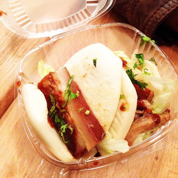 Pork Belly Bun @ Jum Mum