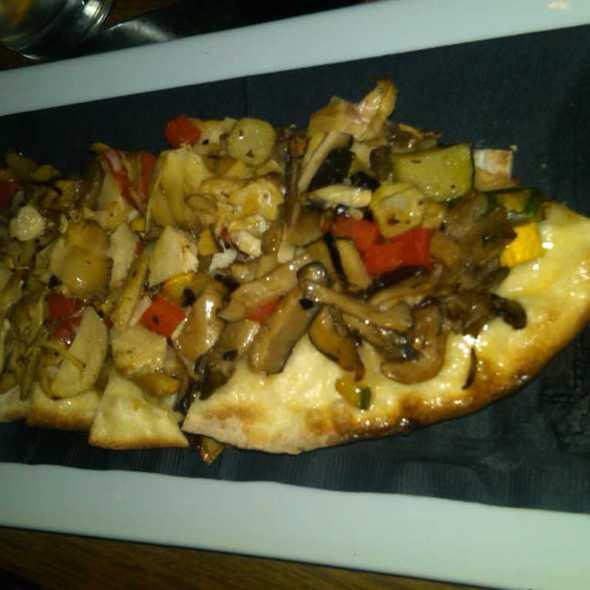 Veggie Pizza @ Bar Baresco