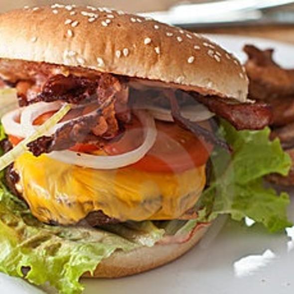 Rio Cheese Burger @ Le Rio Restaurant