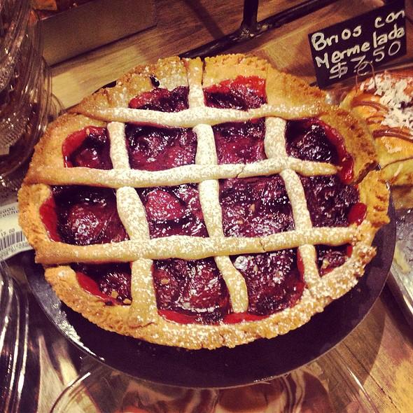strawberry pie @ Athanasiou