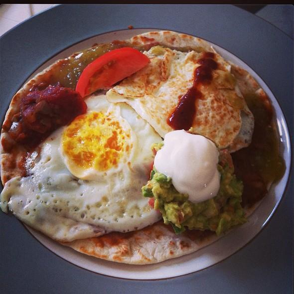 huevos rancheros!! @ Jeffe's