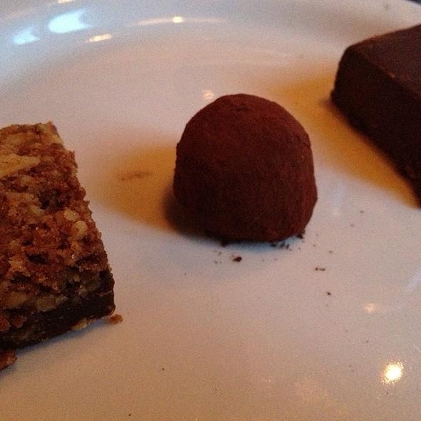 A Trio Of Choco @ Luc