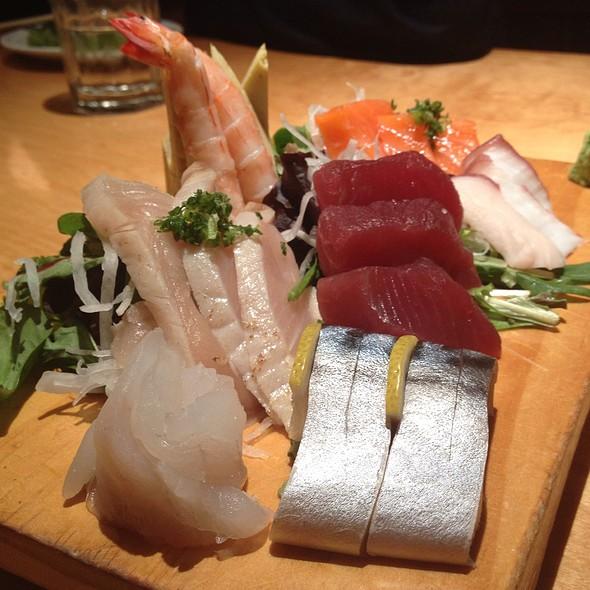 Sashimi Plate @ Sushi Zanmai