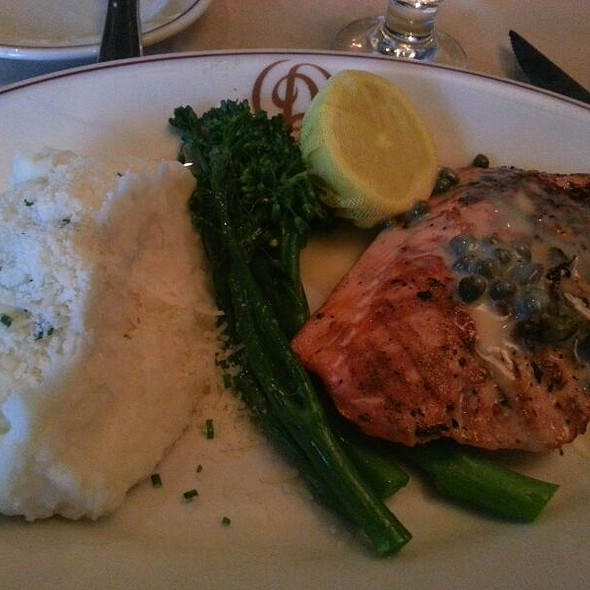 Wild Alaskan Grilled Salmon - Daniel's Broiler - Leschi, Seattle, WA
