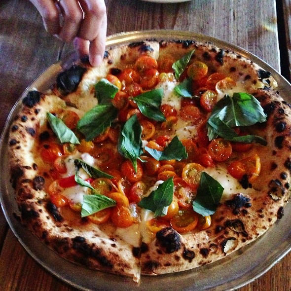 Pizza Pomodoro Crudo  @ Gjelina