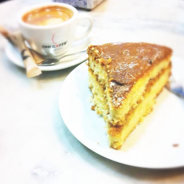 Pastel De Dulce De Leche @ Roma Café