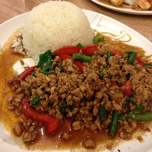 Pad Gra Prao @ Bangkok Noodles and thai B.B.Q.