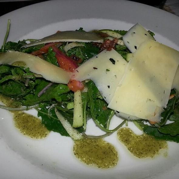 Baby Kale Salad @ SOUTH CITY KITCHEN VININGS