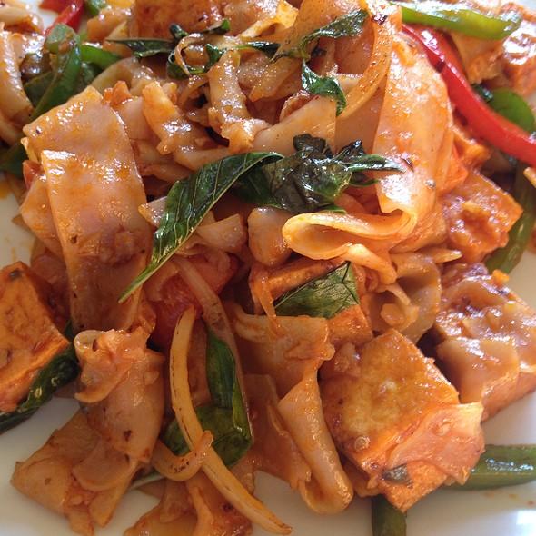 Knock Out Noodle @ Krung Thep Thai Cuisine