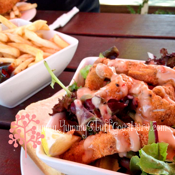 Salt And Pepper Squid Salad @ The Farmers Home Hotel