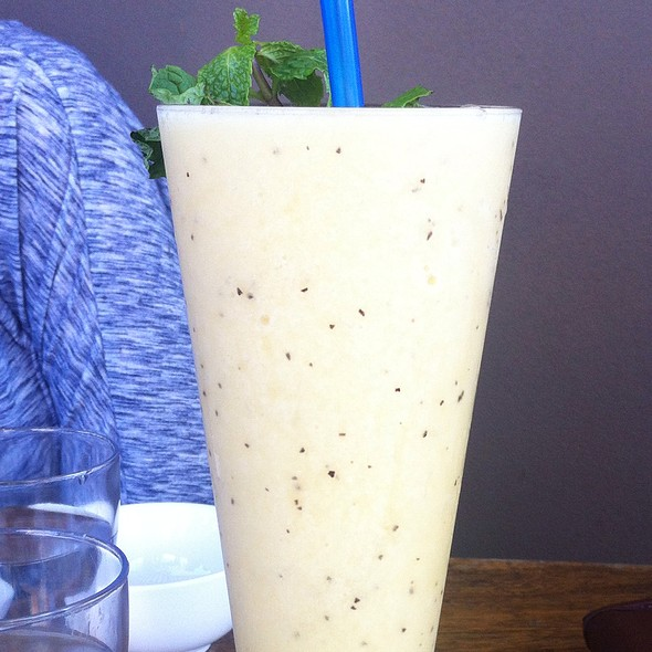 Fresh Passion Fruit Shake @ Holybasil